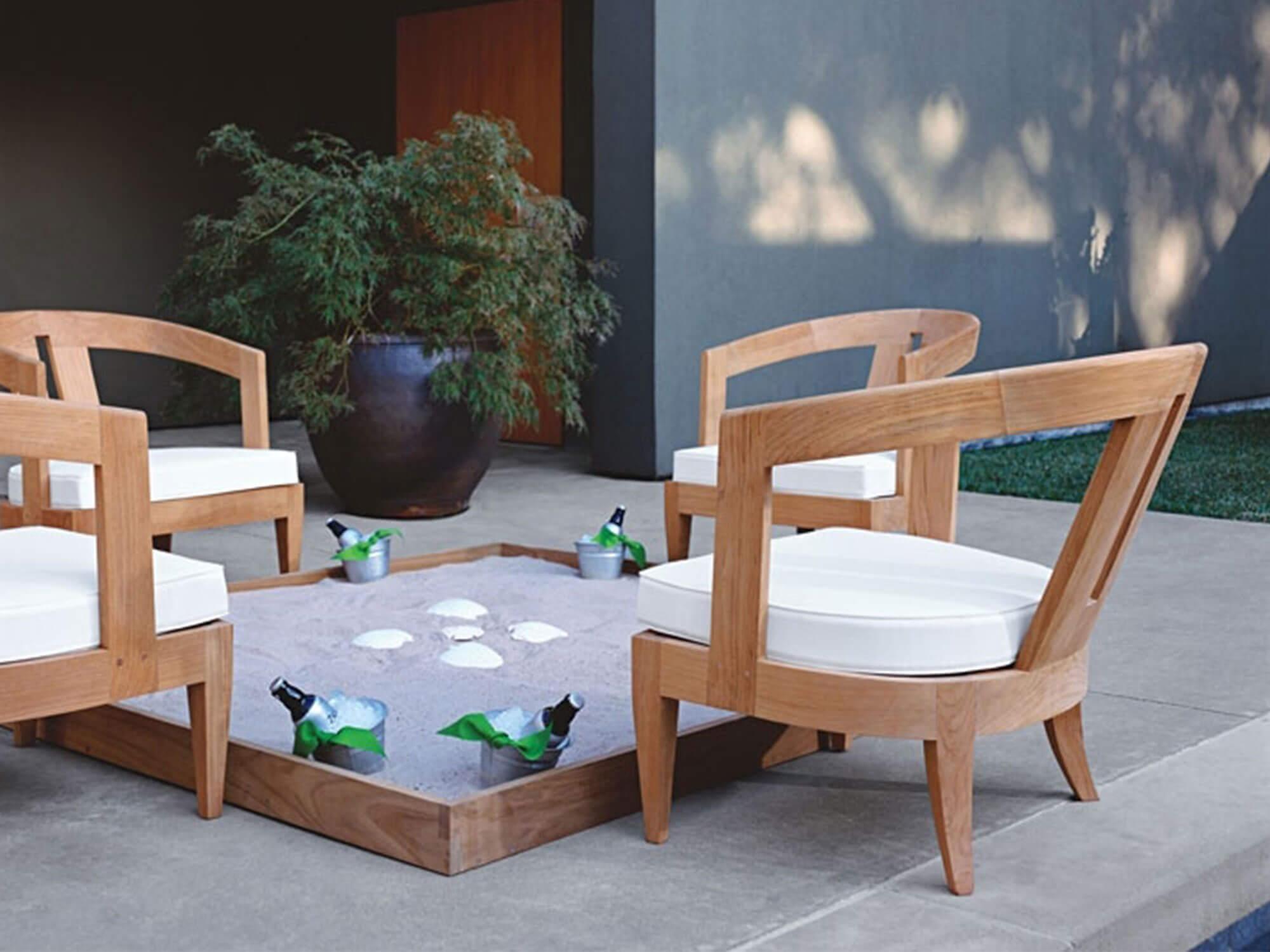 Outdoor Furniture. Sutherland